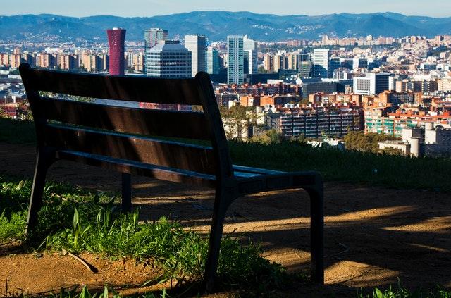 Si quieres mudarte a Barcelona, antes lee el este artículo